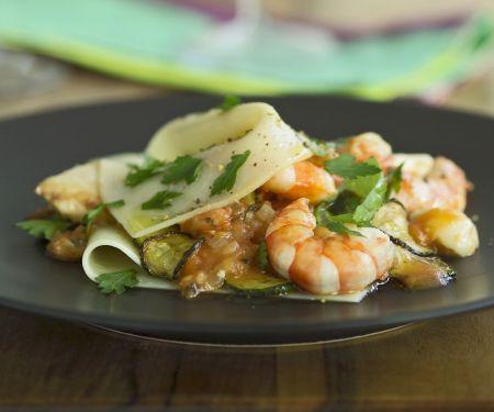 zucchini lasagne mit jakobsmuscheln und shrimps rezept eat smarter. Black Bedroom Furniture Sets. Home Design Ideas