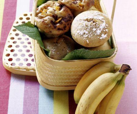 Zweierlei Muffins (Banane und Schoko-Mango)