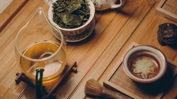 warum grüner tee beim abnehmen hilft