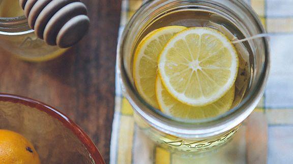 Natürliche Getränke zur Verbrennung von Körperfett