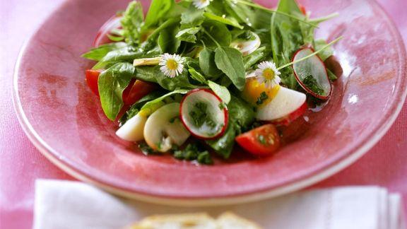b rlauch spinat salat rezept eat smarter. Black Bedroom Furniture Sets. Home Design Ideas
