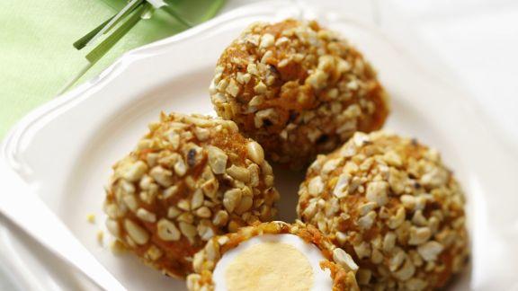 Rezept: Harte Eier mit Nusspanade