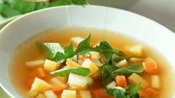 Rezept: Gemüsesuppe mit Pesto
