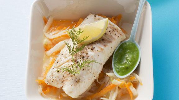 Rezept: Kabeljau auf Gemüsebett und Erbsendip