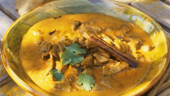 Rezept: Curry mit Schwein und Knoblauch