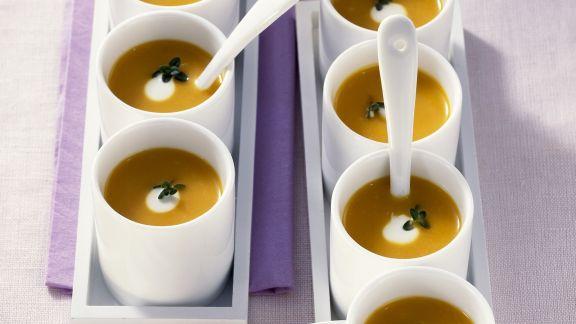 Rezept: Cremige Kürbissuppe