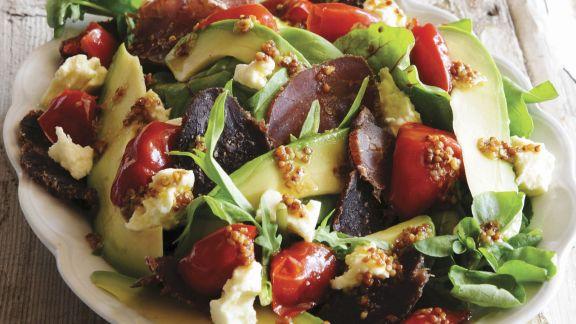 Rezept: Bresaola mit buntem Salat