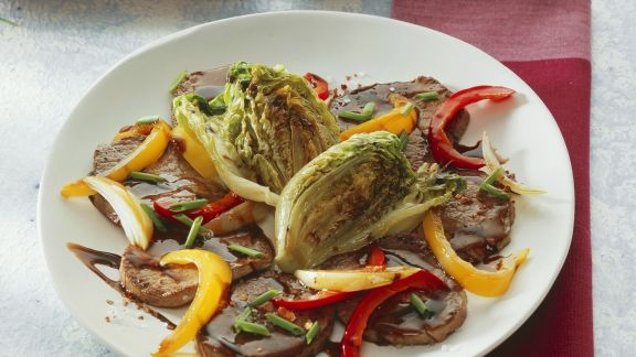 Rezept: Minutensteaks mit Römersalat