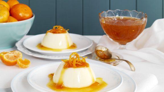 Rezept: Buttermilchpudding mit Mandarinensauce