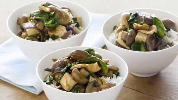 Rezept: Pilz-Tofu-Gemüse mit Reis