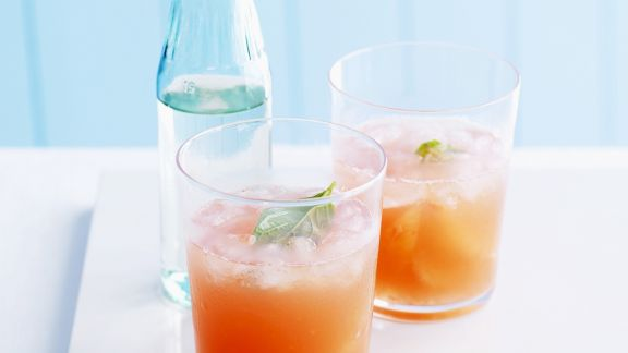 Rezept: Pink Grapefruit-Punsch