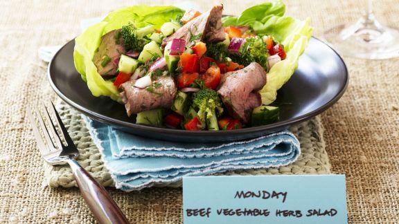 Rezept: Gemüse-Rinder-Salat mit Kräutern