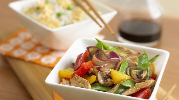Rezept: Schweinefleischpfanne mit Gemüse und Hoisinsoße