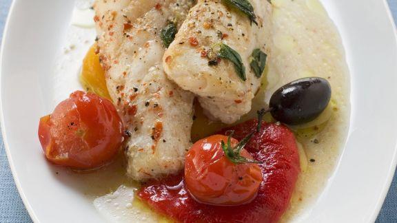 Rezept: Seeteufel mit Cocktailtomaten und Oliven