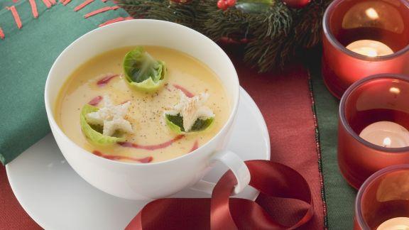 weihnachtliche k rbissuppe rezept eat smarter. Black Bedroom Furniture Sets. Home Design Ideas
