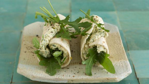 Rezept: Wraps mit Schafskäse und Rucola gefüllt