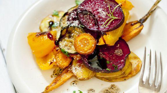 Rezept: Salat aus Ofengemüse