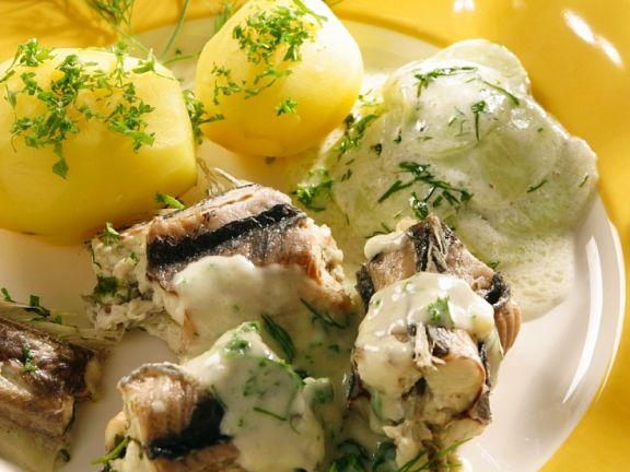 Aal mit Kräutersauce