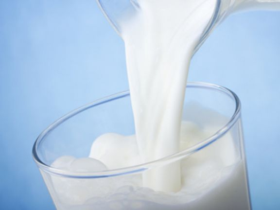 Viele Menschen lieben Milch. © Nitr