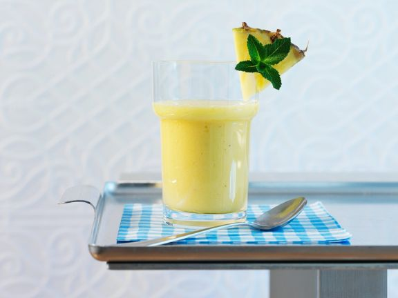 Ananas-Buttermilch-Smoothie