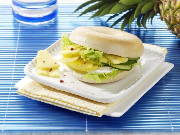 Ananas-Gurken-Bagel