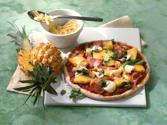 Ananas-Pizza mit Schinken