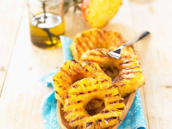 Ananas Von Grill Mit Zitronenol