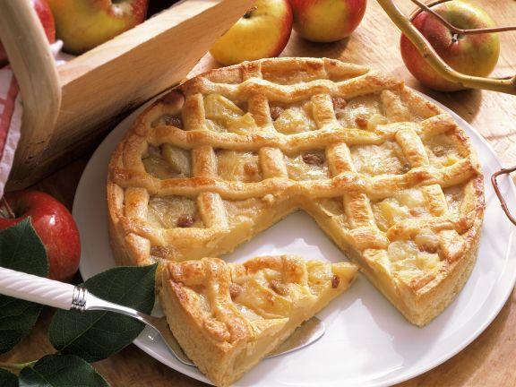 Apfel Gitterkuchen Mit Marzipan Und Rosinen Rezept Eat Smarter
