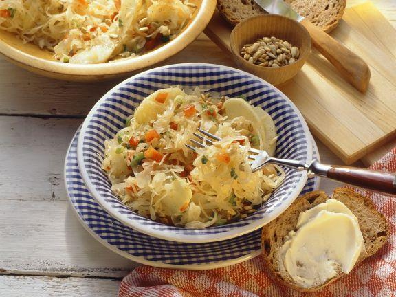 Apfel-Sauerkraut-Salat
