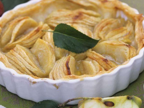 Apfelkuchen mit Blätterteig