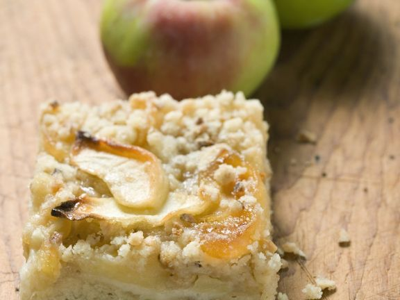 Apfelkuchenschnitte mit Streuseln