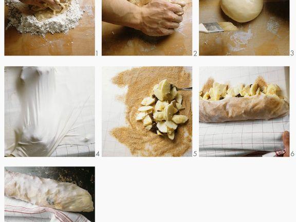 Apfelstrudel mit Puderzucker zubereiten