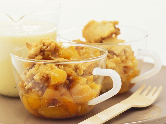 Aprikosen-Crumble mit Vanillesoße