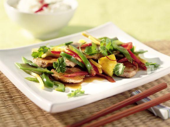 Asia-Pfanne mit Schweinefleisch und zartem Wokgemüse