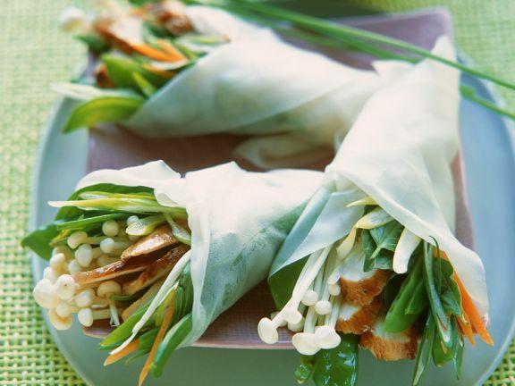 Asia-Wraps mit Hähnchen