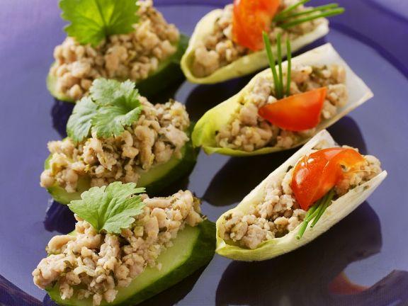 Asiatische Hähnchensalat-Häppchen