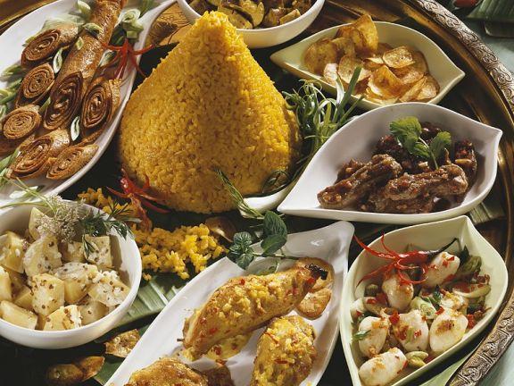 Asiatische Reistafel