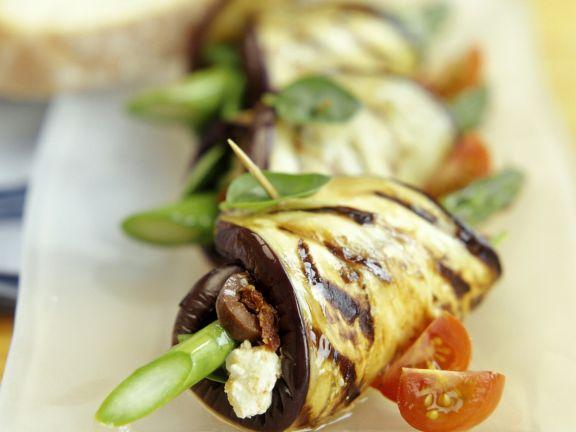 Auberginenwickel mit Spargel-Käse-Füllung