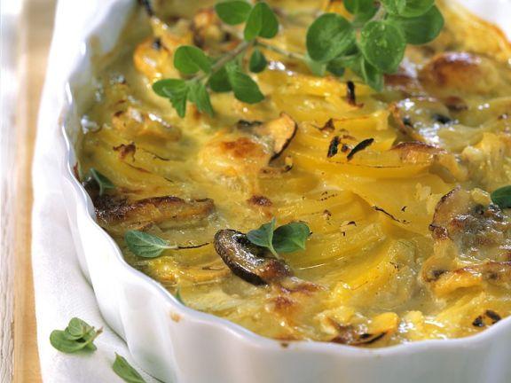Auflauf mit Kartoffeln und Champignons