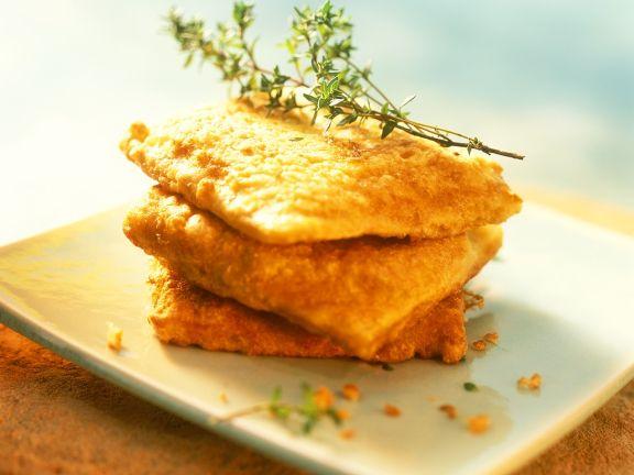 Ausgebackene Brote mit Mozzarella