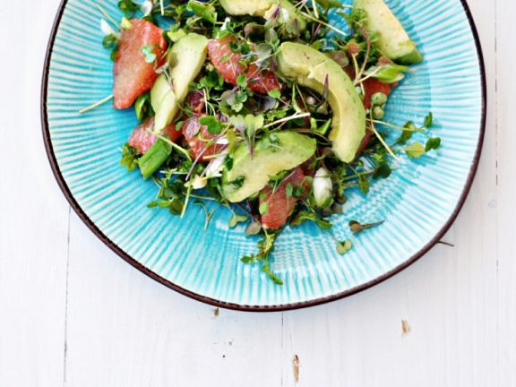 Avocado-Grapefruit-Salat mit Quinoa