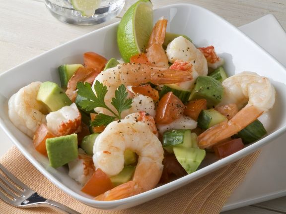 avocado shrimps salat mit paprika rezept eat smarter. Black Bedroom Furniture Sets. Home Design Ideas