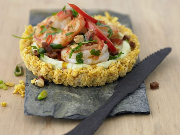 Avocadotörtchen mit Garnelen und Chorizo