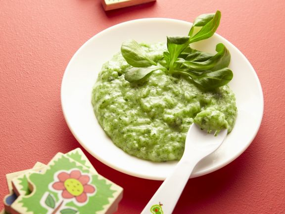 Babybrei aus grünem Gemüse