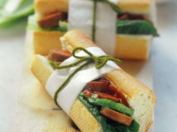Baguette-Sandwich mit Wurst