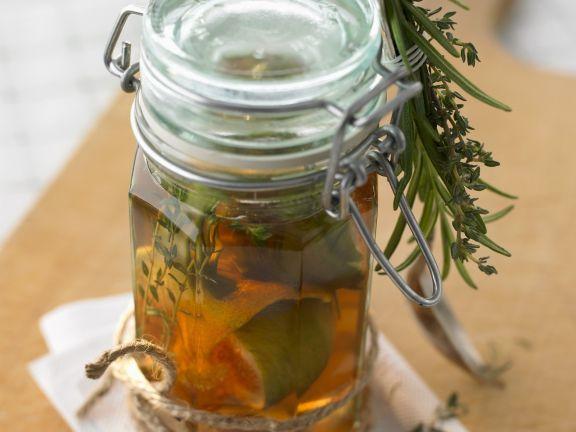 Balsamicoessig mit Feigen und Kräutern