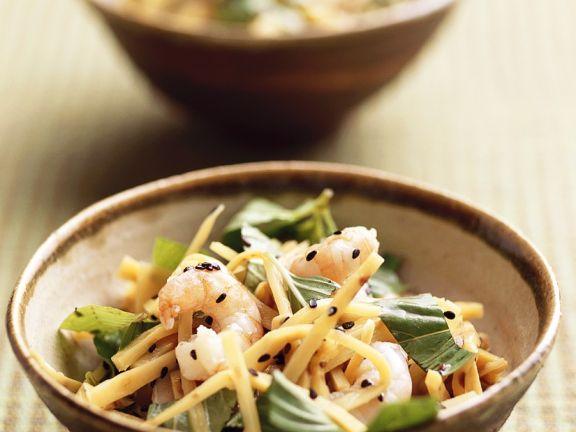 Bambussprossensalat mit Garnelen