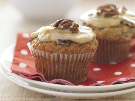Bananen-Karamell-Muffins mit Pekannüssen
