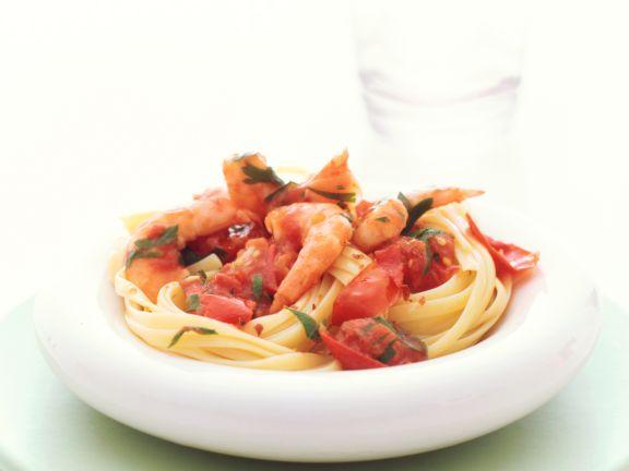 Bavette mit Tomaten-Garnelen-Sugo