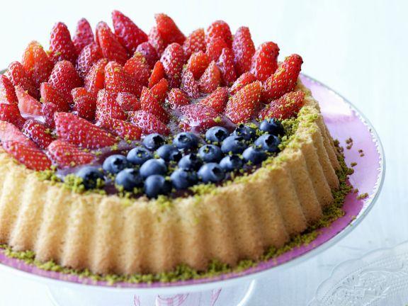 Beeren-Pistazien-Kuchen